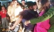 Hai người ở TP HCM đi lưu diễn bị người dân bắt giữ vì nghi bắt cóc trẻ em