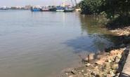 Tìm danh tính thi thể có nhiều hình xăm kỳ quái trôi trên sông Sài Gòn