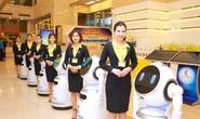 Có hay không việc cắt giảm nhân sự khi đưa robot vào phục vụ khách hàng?