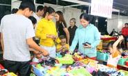 Ấm áp Ngày hội công nhân - Phiên chợ nghĩa tình