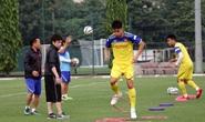 Trợ lí Lê Huy Khoa không phiên dịch cho HLV Park Hang-seo ở VCK U23 châu Á 2020