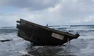 """Nhật Bản phát hiện """"tàu ma"""" chứa 7 thi thể"""