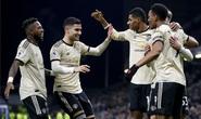 Chủ nhà Burnley tặng quà, Man United vào Top 5
