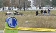 Ngồi máy bay đi xem bóng bầu dục, hành khách thiệt mạng gần hết