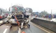 CLIP: Tai nạn liên hoàn giữa container và 2 xe tải, quốc lộ 1A tắc nghẽn một bên