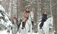 Phu nhân ông Kim Jong-un cùng chồng cưỡi bạch mã lên núi thiêng