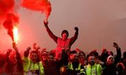 Cận cảnh nước Pháp hỗn loạn chưa từng thấy