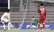 Clip: Màn trình diễn lấy lại niềm tin của thủ môn Văn Toản trong trận U22 Việt Nam - U22 Campuchia 4-0