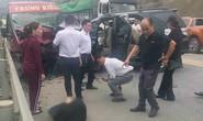 2 ôtô tông nhau kinh hoàng trên đường cao tốc Nội Bài-Lào Cai, 9 người bị thương