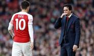 """Bị HLV """"đuổi"""", Ozil quyết không rời Arsenal"""
