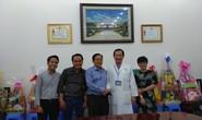 Báo Người Lao Động thăm và chúc mừng nhiều bệnh viện nhân Ngày Thầy thuốc Việt Nam