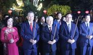 Tổng Bí thư, Chủ tịch nước dâng hương tại chùa Trấn Quốc tối giao thừa
