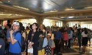 Du khách xếp hàng vào các điểm vui chơi giải trí ở Phú Quốc