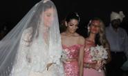 """Nữ tỉ phú Ấn Độ xúc động sau đám cưới """"khủng"""" tại Phú Quốc"""
