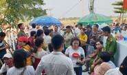 Vụ người mua đất bao vây đòi sổ đỏ: Đại diện 2 công ty bị giữ lại