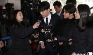 Showbiz Hàn: Bí mật tình, tiền