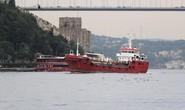"""Người di cư """"hóa cướp biển"""" ép tàu chở dầu đến châu Âu"""