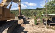 Đang khai thác cát trái phép ở Phú Quốc, 4 cát tặc bị tóm