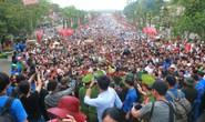 Cận cảnh vạn người chen chúc nghẹt thở ngày chính hội Đền Hùng