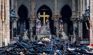 Cháy Nhà thờ Đức Bà Paris: Nghiên cứu sinh người Việt xót xa, dân Paris bật khóc