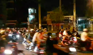 [VIDEO] - Dân chơi kéo nhau đua xe trái phép, live stream trên facebook