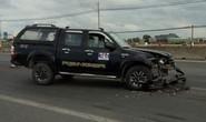 Tài xế dùng búa tấn công người, đâm xe vào CSGT khiến 2 chiến sĩ bị thương
