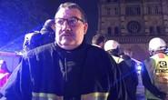 """Cháy Nhà thờ Đức Bà Paris: Linh mục Pháp được ca ngợi """"người hùng"""" là ai?"""