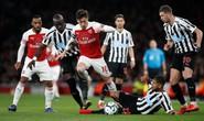 Thắng trận thứ 10 liên tiếp sân nhà, Arsenal bay vào Top 3 Ngoại hạng
