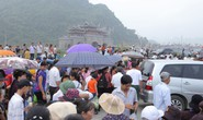 Hàng vạn người đổ về chùa Tam Chúc mừng đại lễ Phật đản Vesak 2019