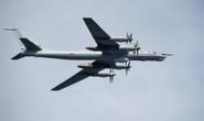 F-22 của Mỹ chặn 6 máy bay ném bom và chiến đấu của Nga