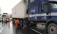 Chạy bộ qua đường, 1 Việt kiều bị xe container cán chết trên xa lộ Hà Nội