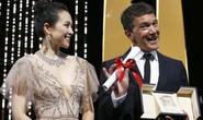 Chương Tử Di khoe khéo vòng một ở ngày cuối Liên hoan Phim Cannes