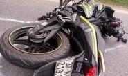 Va chạm xe tải, nam thanh niên đi xe máy văng xuống đường tử vong tại chỗ