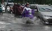 TP HCM ngập mênh mông, kẹt xe khắp nơi sau mưa lớn