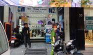 Cận cảnh Bộ Công an khám xét cửa hàng điện thoại Nhật Cường