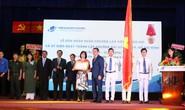 Trường ĐH Mở TP HCM nhận Huân chương Lao đông hạng Nhì