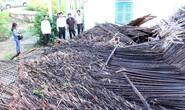 Mưa lớn kèm giông lốc, gần 20 căn nhà ở Long An đổ sập, hư hỏng