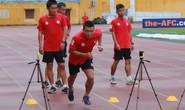 Trọng tài FIFA ngất xỉu khi kiểm tra thể lực trước thềm V-League