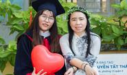 Thí sinh nghèo ở TP HCM vượt khó đi thi để chạm ước mơ