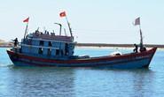 Tàu nghĩa tình Quỹ Tấm lòng vàng Người Lao Động cứu 32 ngư dân nước ngoài gặp nạn