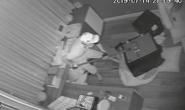 CLIP: Kẻ trộm phá banh 2 két sắt trong biệt thự của ca sĩ Nhật Kim Anh