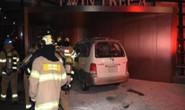 Cụ ông đốt xe tự thiêu gần Đại sứ quán Nhật Bản ở Hàn Quốc