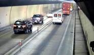 CSGT truy tìm loạt ôtô vượt ẩu trong hầm Hải Vân