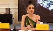 Hoa hậu Trần Tiểu Vy làm Đại sứ Lễ hội Hang động Quảng Bình năm 2019