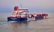 """Iran bắt tàu chở dầu """"ngay trước mặt tàu chiến Anh"""""""