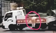 Khởi tố tài xế lái xe khách tông thẳng tổ CSGT ở Gia Lai
