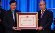 Thủ tướng trao tặng Huân chương Hồ Chí Minh cho Công đoàn Việt Nam