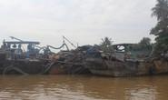 Cảnh sát phải nổ súng mới bắt giữ được 4 tàu của cát tặc