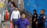 Mỹ siết nhập cư giữa lúc thâm hụt ngân sách kỷ lục