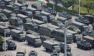 Trung Quốc diễn tập rầm rộ ở biên giới Hồng Kông